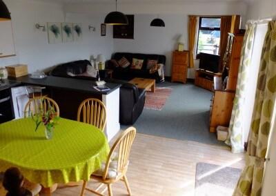 Large open plan lounge diner