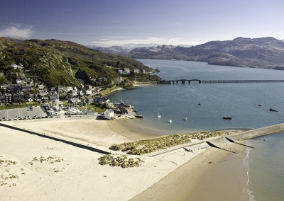 Walk the bridge across the Mawddach Estuary to Barmouth. Photo credit Visit Wales