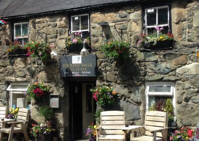 Torrent Walk pub